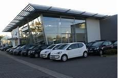Autohaus Gebr Schmidt Gmbh In Peine Vw Showroom