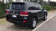 2018 toyota land cruiser 200 v8 diesel right