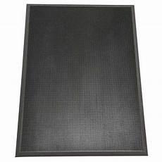 Black Rubber Door Mats Outside by Rubber Cal Door Scraper Black 24 In X 32 In Recycled