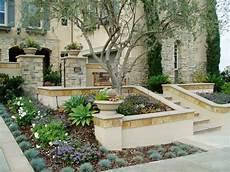 Mediterranen Garten Gestalten - modern tuscan dramatic pool outdoor living room