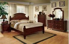 augusta traditional queen poster bed walnut 5 pc bedroom