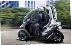 Motorcycle With Canopy 91595ecbdceaadaa85977e72ba98c73e Jpeg