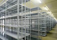 cassettiere portautensili usate scaffali a bullone scaffalature metalliche a bulloni