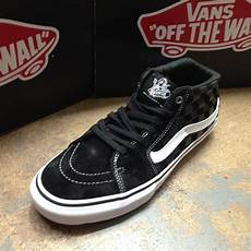 vans and more all new vans jeff grosso sk8 mid pro chukka independent