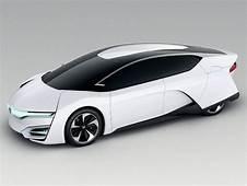 Honda FCEV Hydrogen Powered Car Of The Future At Tokyo