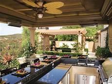 Outdoor Kitchen Patio