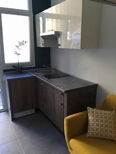 cuisine studio un joli studio d 233 co couleurs mat 233 riaux mezzanine