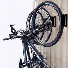 fahrrad garage aufhängen feedback sports velo hinge bike storage rack wall mount