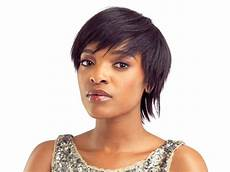 10 short weave hairstyles we love for spring summer