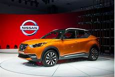 Crossover To The Small Side 2018 Nissan Kicks Suv