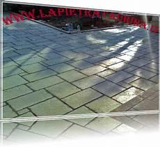 pavimento finta pietra pavimenti in finta pietra per esterni pietra naturale