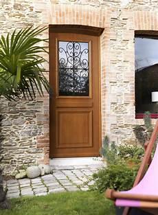 lapeyre porte entree porte d entr 233 e en bois naturel lapeyre photo 8 20 une