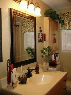ideas for bathroom decorating themes pin on tuscan decorating