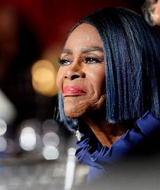 the story behind cicely tyson beating up a white woman