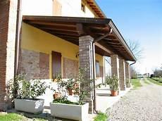 tettoie in muratura portici gazebo porticati in legno lamellare e massello con