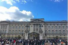 Fascinating Buckingham Palace Facts Pass
