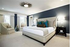 bedroom modern large bedroom have white bed cover between bedroom lighting nightstand and