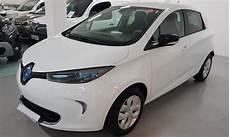 location longue durée voiture electrique zoe blanche r 233 cente en location longue dur 233 e d 232 s 202