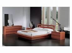 da letto in ciliegio letto con contenitore in legno finitura ciliegio per