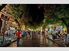 HD Busy Market Street In Xian China At Night Wallpaper