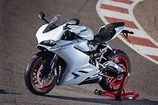 ducati 959 panigale a review of the 2016 ducati 959 panigale
