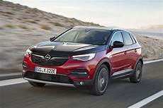 2020 opel grandland x hybrid4 top speed