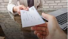 arnaque au cheque de banque comment reconnaitre un faux cheque de banque