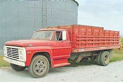 F600  1968 Ford Grain Trucks YORK FARM SUPPLY LLC