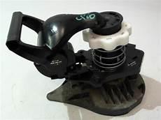 roue clio 3 treuil de roue de secours renault clio iii phase 1 essence