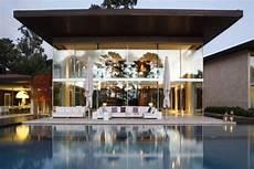 futuristic villa in luxury futuristic villa luxury topics luxury portal