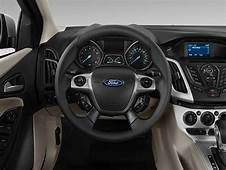 Image 2012 Ford Focus 4 Door Sedan SE Steering Wheel