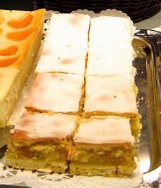 Rezept Gedeckter Apfelkuchen - gedeckter apfelkuchen mit verpoorten original eierlik 246 r