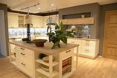 moderne landhausk 252 che mit holzarbeitsplatte kitchen s