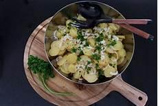 recette salade de pomme de terre alsacienne salade de pommes de terre alsacienne casserole chocolat