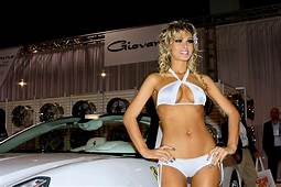 More SEMA Show Car Girls  Tuning