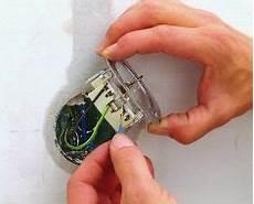 lichtschalter austauschen kosten steckdose einbauen steckdose elektro und renovieren