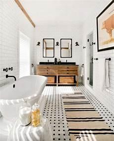 Bathroom Ideas Farmhouse by 53 Vintage Farmhouse Bathroom Ideas 2017 Roundecor