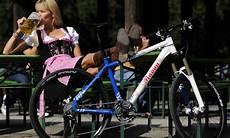 Alkohol Am Fahrrad Lenker F 252 Hrerschein Entzug Droht