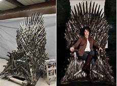 Hbo Selling 30 000 Of Thrones Throne Replica