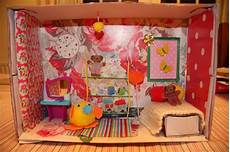 lots of fun with the kids making a shoebox room diorama