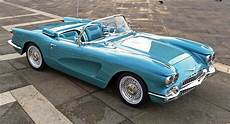 what if cadillac made a 1959 roadster based a c1 corvette carscoops