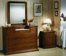 comodini per camerette stile antico progettazione e realizzazione di mobili su