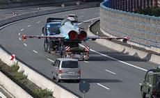 Stau Auf Der A9 Eurofighter Rollt Zur Reparatur N Tv De