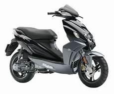 malaguti f12 phantom malaguti f12 r lc phantom prijs en specificatie