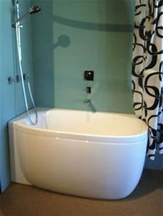 Small Bathtubs by 1000 Images About Small Bathtubs On Small