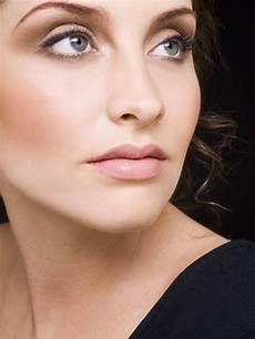 35 beautiful eyebrow tattoo designs for women individual