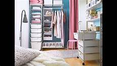 Organizing Small Bedrooms