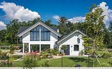 Malvorlagen Haus Mit Garten Das Perfekte Haus Mit Garten Kreiseder Holzbau