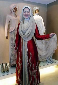 10 Model Kebaya Muslim Syar I Modern Gebeet