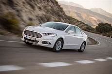 ford mondeo hybrid 2017 ford mondeo hybrid 2014 review auto express